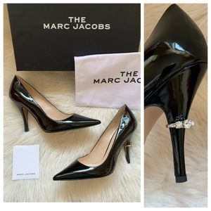 New! MARC JACOBS Proposal Ring Patent Pumps